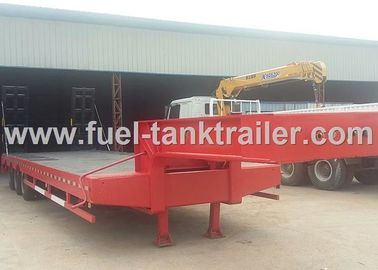 China Red 3 Axle Heavy Duty Trailer , Low Bed Trailer Truck 30T Loading Weight distributor