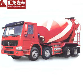 China Self Loading Mobile Concrete Mixer Truck , Red Color Cement Concrete Mixer distributor